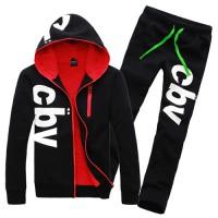 Комфортный мужской спортивный костюм с принтом cbv